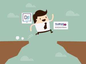 Homme qui saute d'une falaise Datadock à la certification Qualiopi